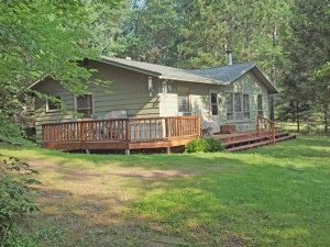 3 BR home on crystal clear Lower Eau Claire Lake
