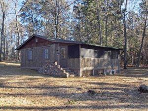 Restored vintage guest cabin