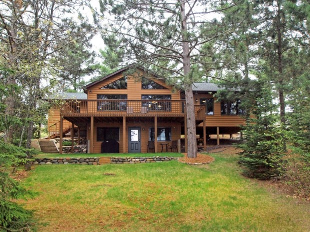 NW Wisconsin lake cabin